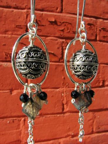 planet-earrings-3