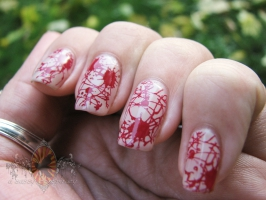 blood-spatter-manicure-20121023_0002
