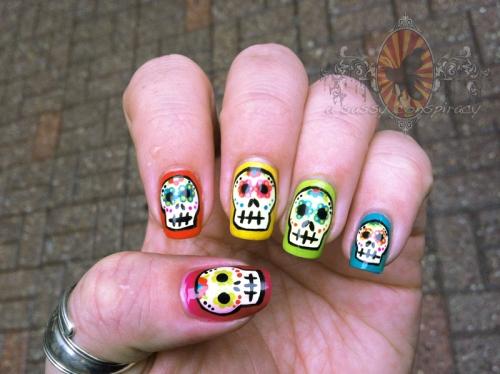 calavaras-manicure-20121031_0002