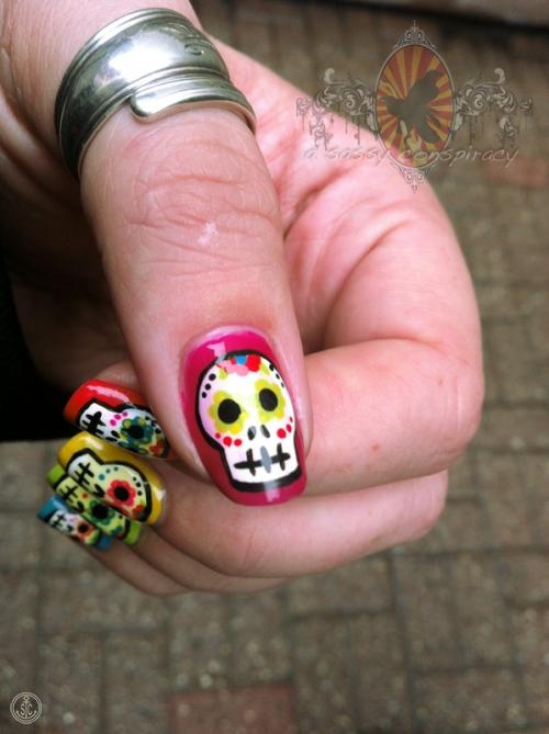 calavaras-manicure-20121031_0003