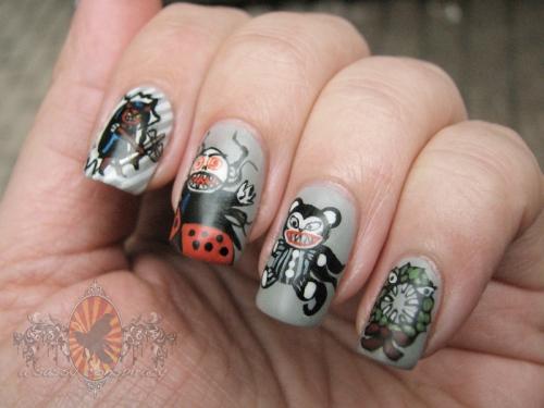 npc-holiday-nail-art-challenge-week-2-gifts-20121203_0003