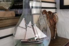 lightbulb-ship