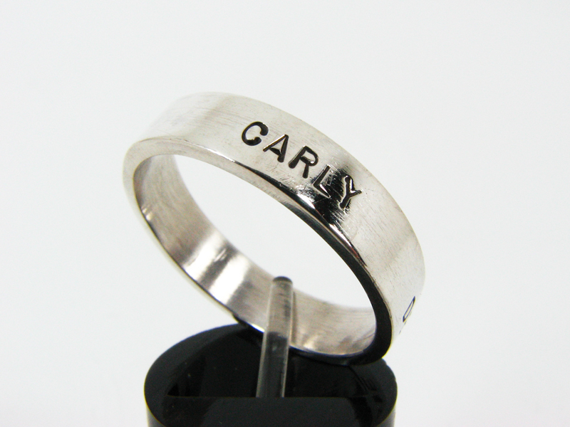 chamberlain-ring-carly
