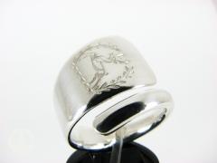 Deer Crest spoon ring
