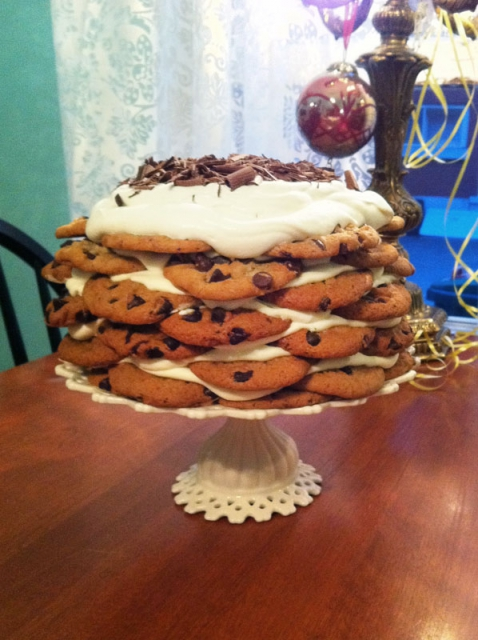 chocolate-chip-cookie-cake-sm
